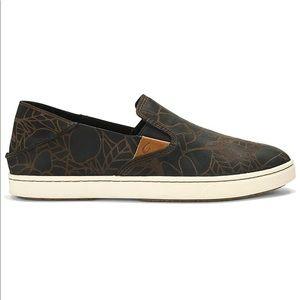OluKai® Pehuea Lau slip on shoe. EUC.